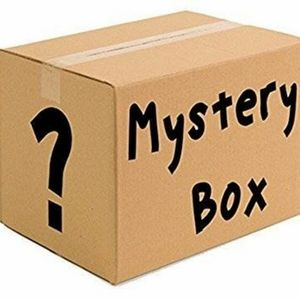 Women's Mystery Box (Shirts, Accesories, Shoes)
